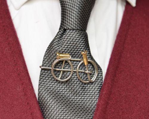 Wheeling Free Tie Clip