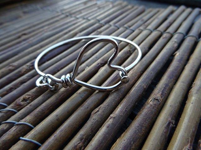 Small Heart Bracelet Hinged