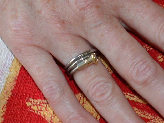 Spiral Spoke Capped Ring