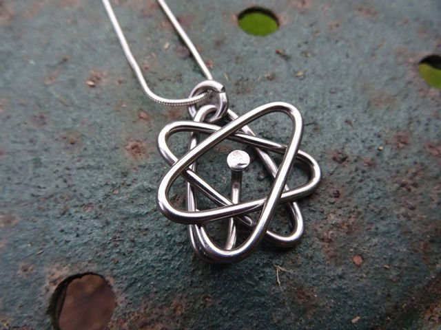 Atom Necklace 2