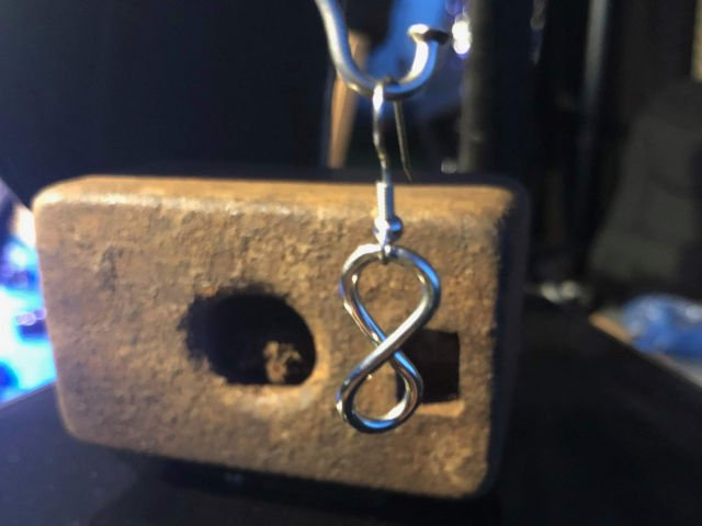 small infinity earrings closeup